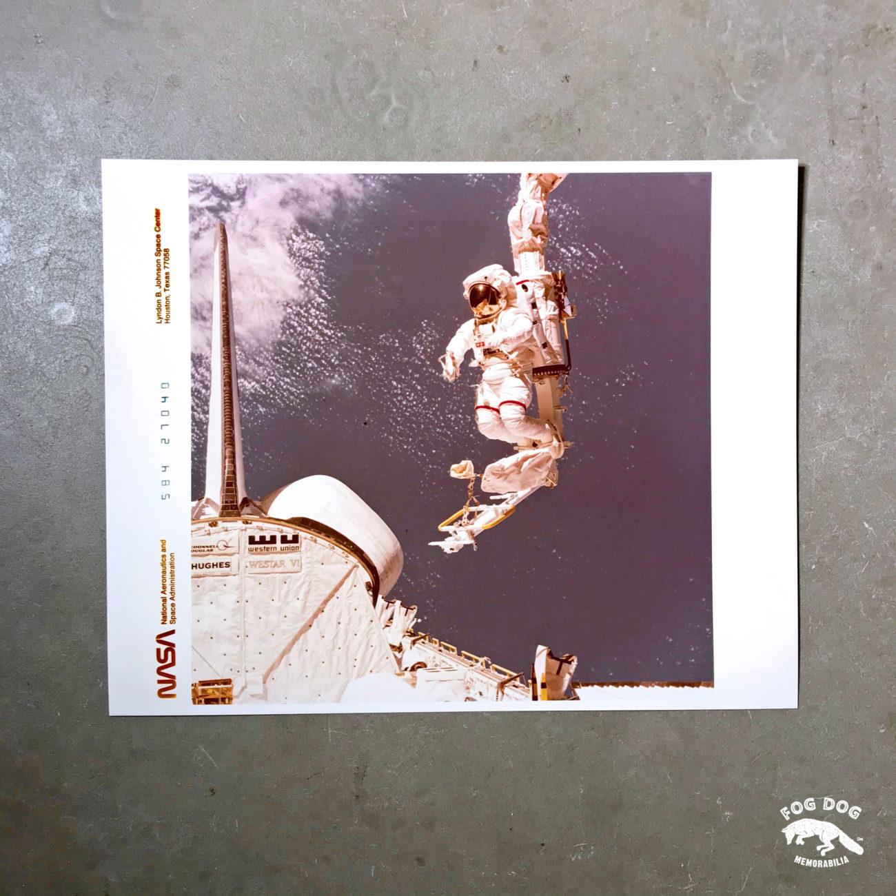 Oficiální fotografie NASA, číslovaná (1984)