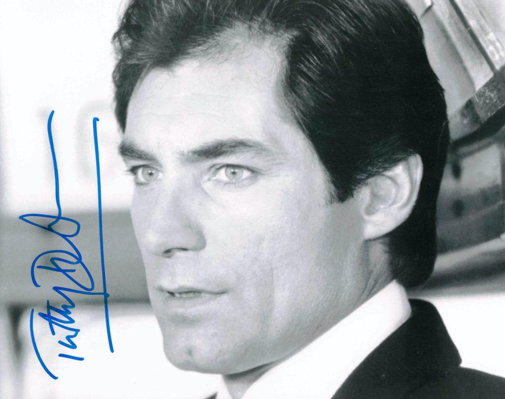 Timothy Dalton - autogram
