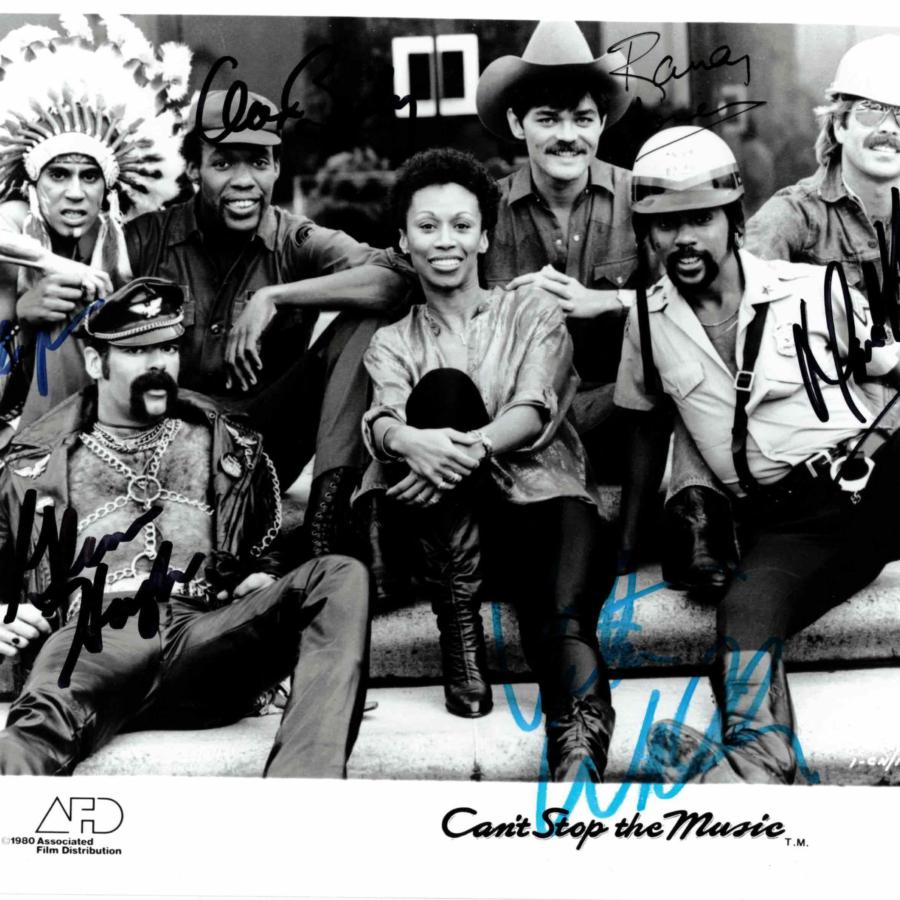 VILLAGE PEOPLE - všech 6 členů - autogram