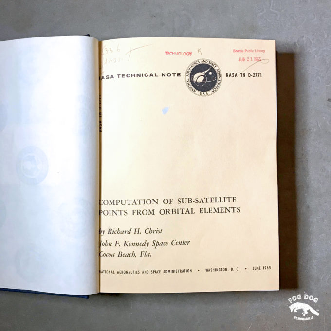 Kniha NASA Technical Note (1965-66)