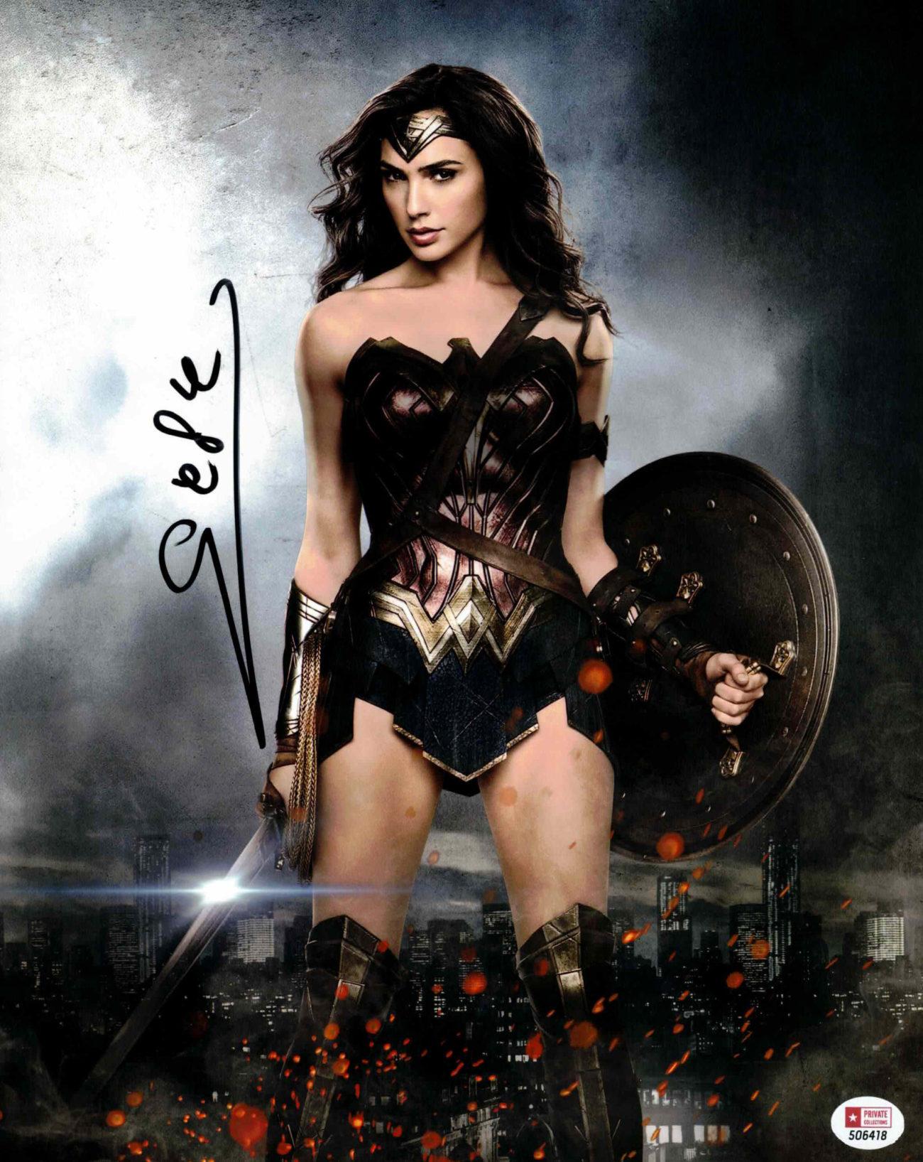 Gal Gadot / Wonder Woman - autogram