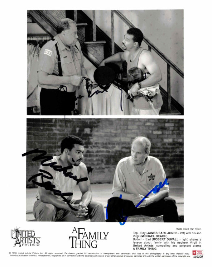 James Earl Jones, Robert Duvall & Michael Beach - autogram