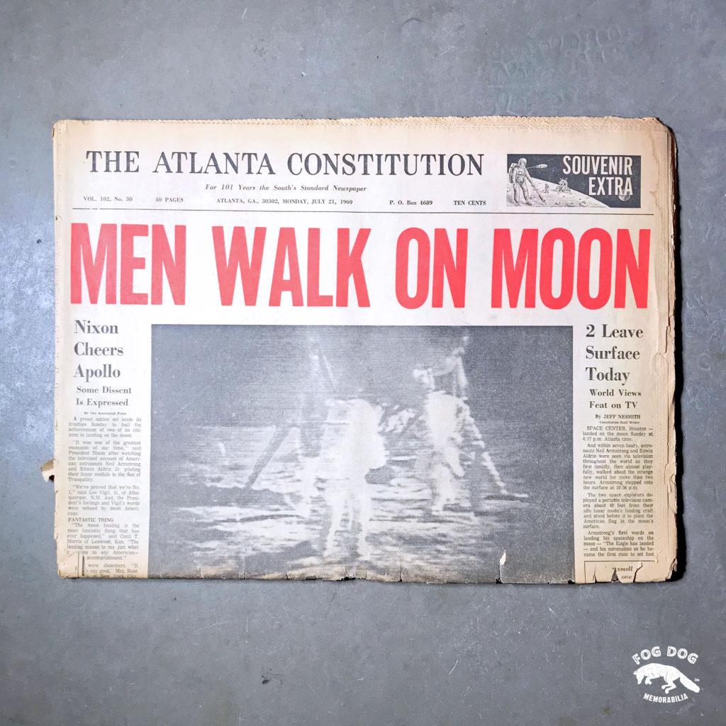 Vydání novin z 21.7.1969 - MEN WALK ON MOON